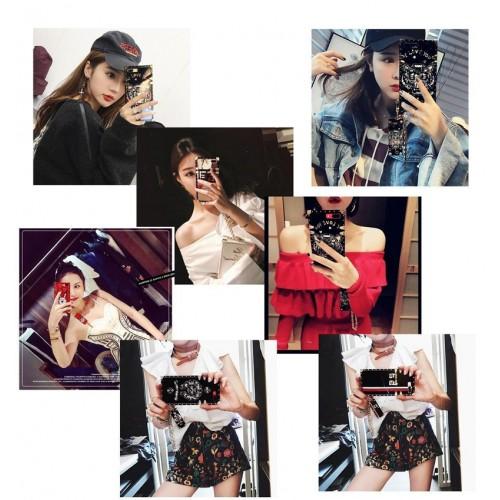 Chanel シャネル Chrome Hearts ブランド iphone 12/12 mini/12 pro max/11/se2/x/xs/xrケース Givenchy ジバンシィ Galaxy S20/S20+/a30/a20/note10/note9ケース  イブサンローラン フレーム 全機種対応 Kenzo 金属銘板 ストラップ付き きらきら 芸能人愛用 レディーズ
