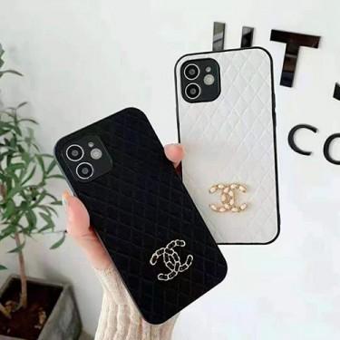 シャネルブランド iphone13/12 pro/12 pro max/12 mini /12ケース背面革製 アイフォン11/11 pro/11 pro maxスマホケース chanelロゴ付き高級 iphone xr/xs/x/xs maxケース黒白派手おしゃれスタイル メンズ ファッション レディース