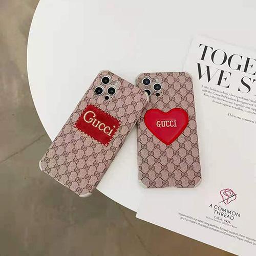 Gucciグッチiphone13/ iphone 12s/12 pro/12 pro max/12 mini ケース 心 刺繍 アイフォン11pro/11 pro max/se2カバー かわいい お洒落 iphone xr/xs/x/xs maxケース ジャケット型 シンプル 高級 レディース メンズ芸能人愛用