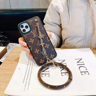 ルイ·ヴィトン ブランドパロディiphone 12/12 pro/12 mini/12 pro maxケースグッチ ハンドチェーン付き個性潮 iphone x/xr/xs/xs maxケースファッションins風高級 人気
