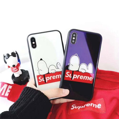 シュプリーム iphone 12/12 pro/12 mini/12 pro max/11/11 pro/11 pro max/se2ケース お洒落 ブランド 背面硝子 Supreme 漫画風 スヌーピー tpu 黒白色 アイフォンx/xs/xr/8/7/6カバー メンズ レディース
