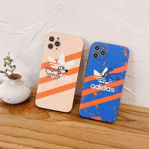 アディダス ビジネス ストラップ付き個性潮 iphone12/12mini/12pro/12promaxケース かわいい 兎犬柄 Adidas ins風 トレフォイル柄 iphone12/xs/11/8 plusケース おまけつき ファッション レディース