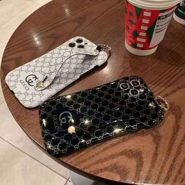 GUCCI/グッチ ファッション セレブ愛用 iphone12/12 mini/12 pro/12pro maxケース 激安アイフォンiphone 12/11/xs/x/8/7 plusケース ファッション経典 メンズシンプル iphone12/11/x/xs/xrケース ジャケット