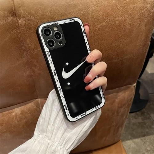スポーツブランドナイキ iphone 13/13 pro/13 mini/13 pro maxケース 背面ガラス ファッション 黒白 Nike iphone12 pro/12 pro max/12 mini /12スマホケース レンズカバー 保護 耐衝撃アイフォン se2/11/11 pro/11 pro maxケース シンプル 高級 ペア揃い