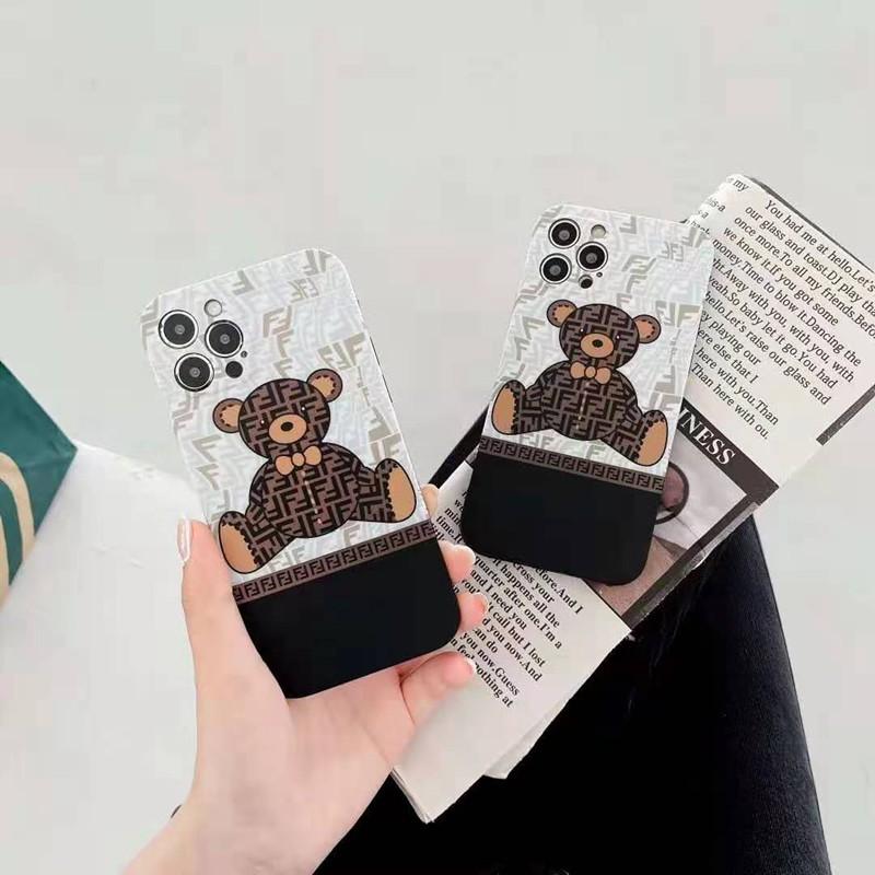 フェンディFendiブランドiphone12pro/12pro max/12mini/11/se2ケース 熊airpods pro人気 モノグラム ジャケット型 男女通用 アイフォンx/xs/xr/8/7カバー
