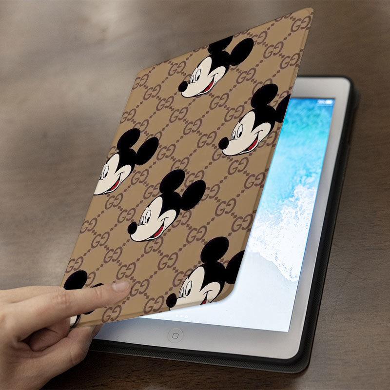 グッチ ディズニー iPad Pro 2021/air4 Gucci ミニ5/4/3/2/1手帳型カバーミッキー パロディ ブランド ipad 8/7世代ケース 9.7/11/12.9インチ