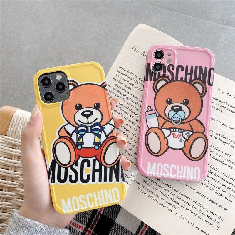 モスキーノ ブランド IPhone 12/12 pro/12 mini/12 pro max/11/11 pro/11 pro max/se2ケース お洒落 ジャケット ぬいぐるみ熊 Moschino